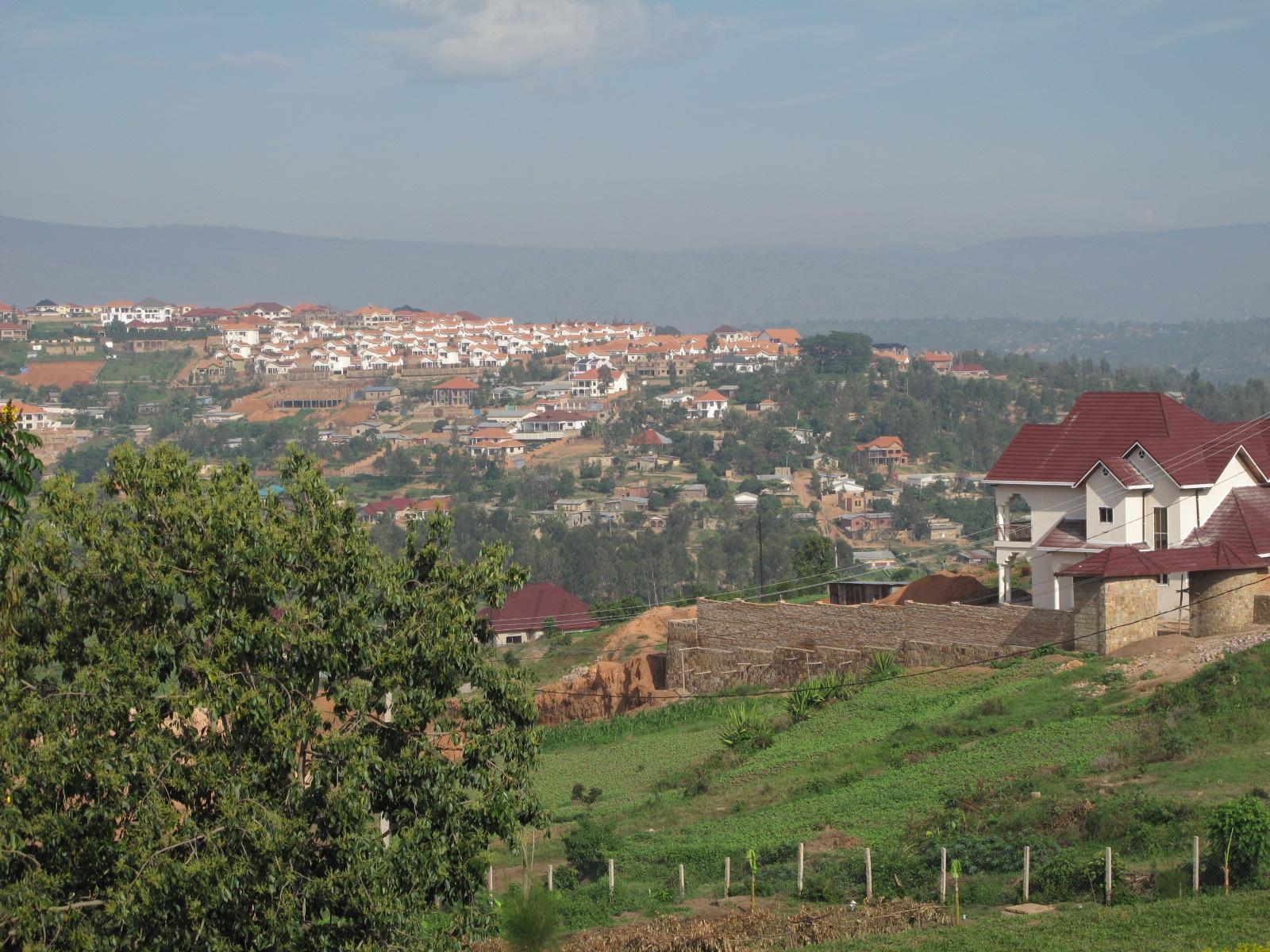 レポート① 美しき国ルワンダ   ...