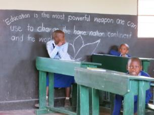 02rwanda_peace_international_school2013.jpg