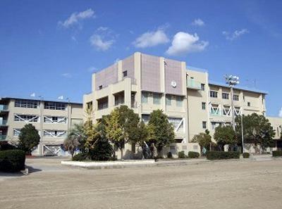 摂津市立第4中学校201803.jpg